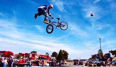 BikeStuntShow